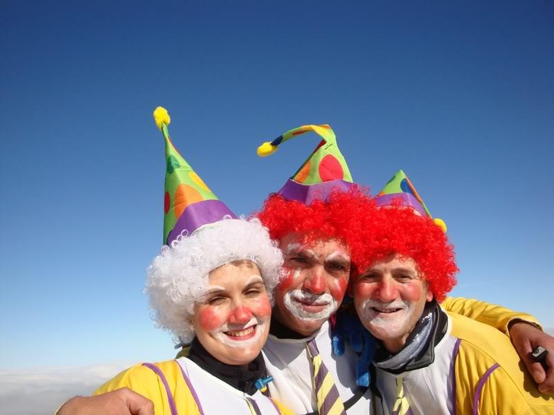 Mencilla 1 932 M El Gran Circo De Los Payasos Mendiak Nosotros los payasos es una canción de lagrimita. mencilla 1 932 m el gran circo de